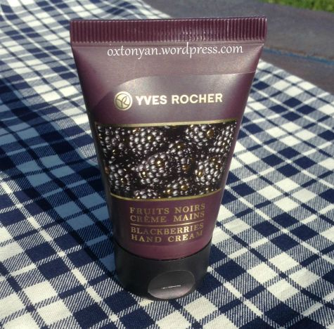 creme mains fruits noirs collection noel 2014 yves rocher