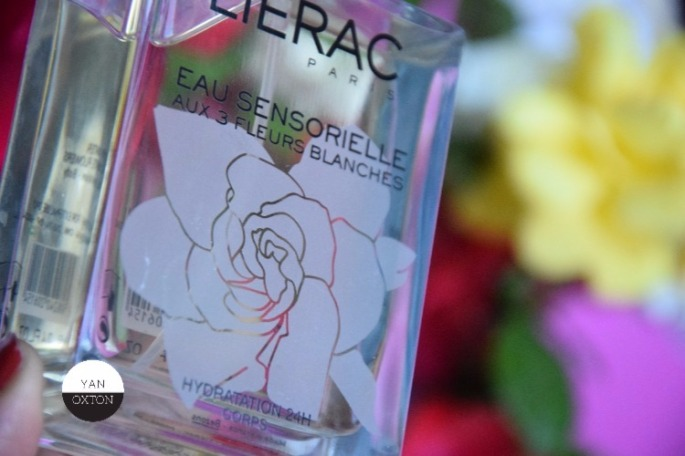 eau-sensorielle-fleurs-blanches-lierac