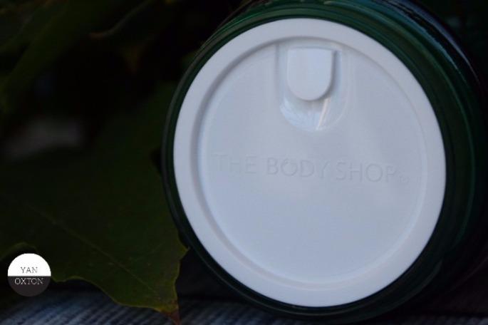 the-body-shop-tea-tree--masque-purifiant-4